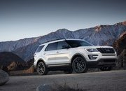 2017 Ford Explorer XLT Sport Appearance Package - image 664858