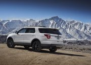 2017 Ford Explorer XLT Sport Appearance Package - image 664852