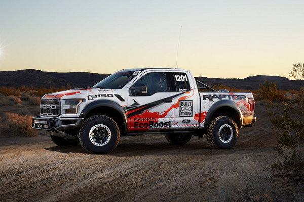 2017 ford f 150 raptor race truck truck review top speed. Cars Review. Best American Auto & Cars Review