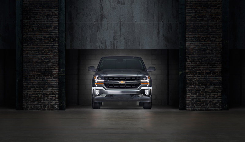 GM Debuts eAssist System for Silverado and Sierra 1500 Pickups