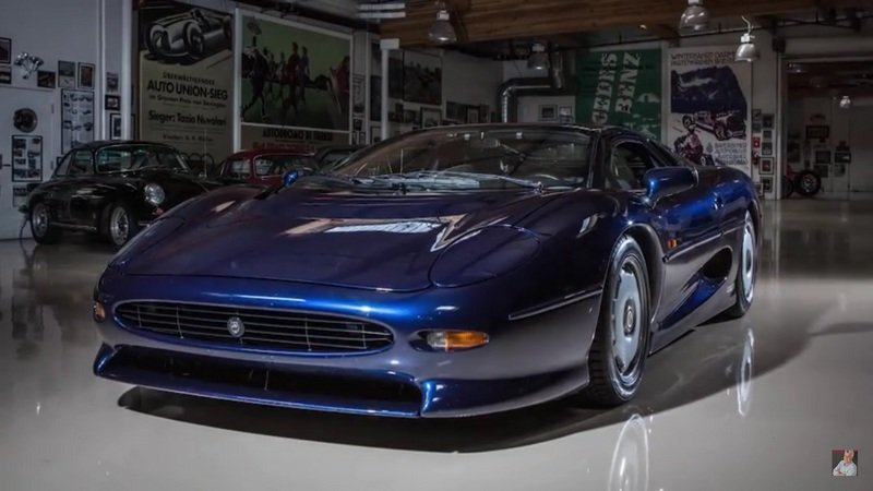 Jaguar XJ220 Pays Jay Leno's Garage A Visit: Video
