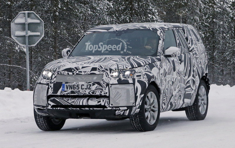 2017 Land Rover Discovery Exterior Spyshots - image 664071