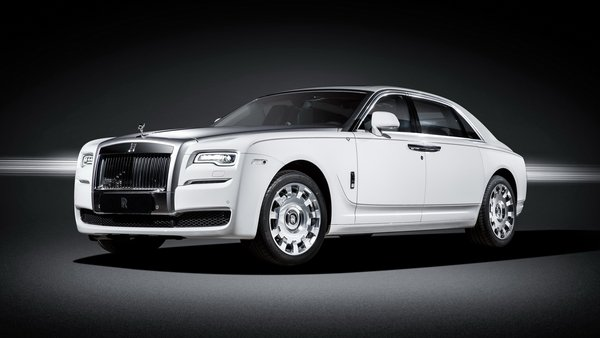2016 rolls royce ghost eternal love collection review top speed. Black Bedroom Furniture Sets. Home Design Ideas