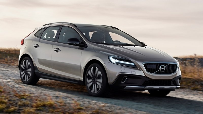 2017 Volvo V40 Cross Country - image 667211