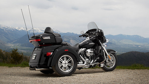 2015 2016 harley davidson tri glide ultra motorcycle review top speed. Black Bedroom Furniture Sets. Home Design Ideas