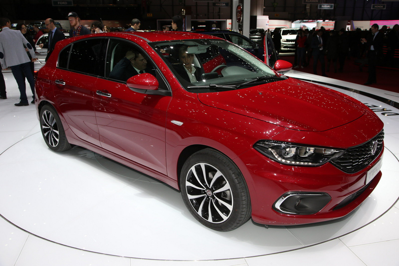 2017 fiat tipo hatchback picture 668065 car review top speed. Black Bedroom Furniture Sets. Home Design Ideas