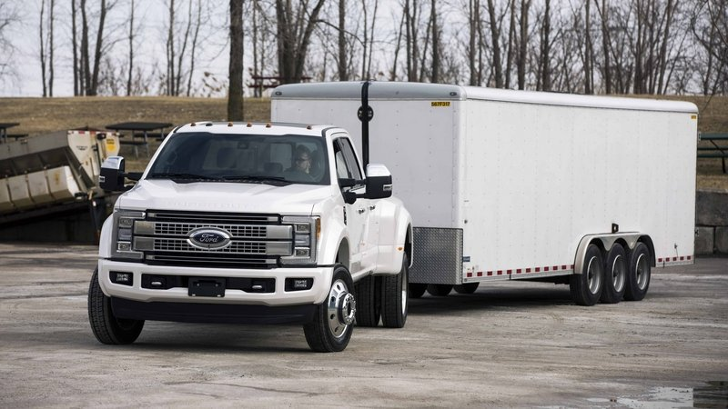 2017 Ford Super Duty Offers Trailer Reverse Guidance