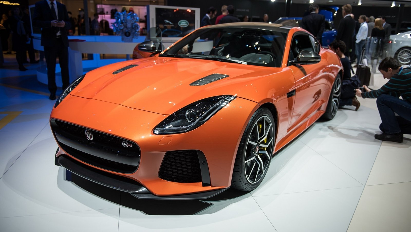 2017 Jaguar F-Type SVR Coupe Review - Top Speed
