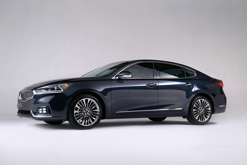 2017 Kia Cadenza High Resolution Exterior - image 670474