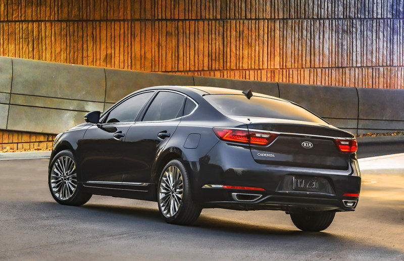 2017 Kia Cadenza High Resolution Exterior - image 670467