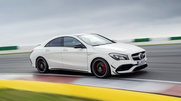 2017 mercedes amg cla45 car review top speed for Mercedes benz cla45 amg 0 60