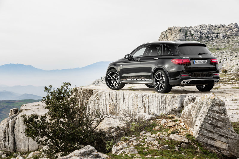 2017 Mercedes-AMG GLC43 4MATIC High Resolution Exterior - image 669790