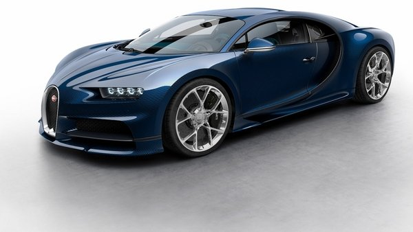 2018 Bugatti Chiron | car review @ Top Speed