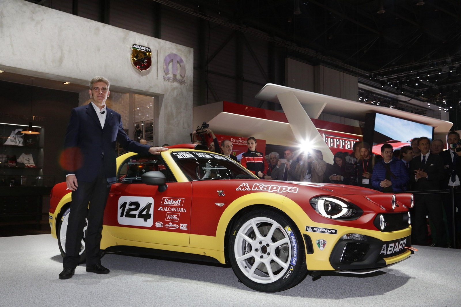 2016 abarth 124 rally picture 668175 car review top for Garage abarth paris