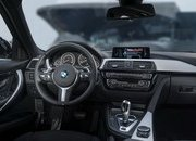 2017 BMW 330e iPerformance - image 670148