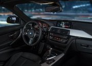 2017 BMW 330e iPerformance - image 670150