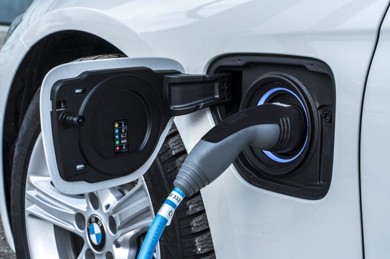 "BMW Says it can ""Force"" Your Hybrid Vehicle into Electric-Only Mode Inside Cities High Resolution Exterior - image 670158"