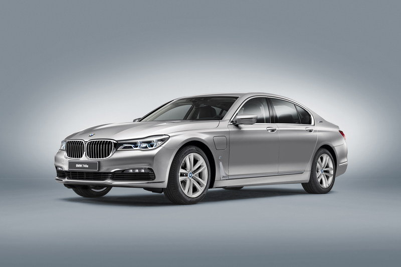 2017 BMW 740e iPerformance High Resolution Exterior Wallpaper quality - image 668609