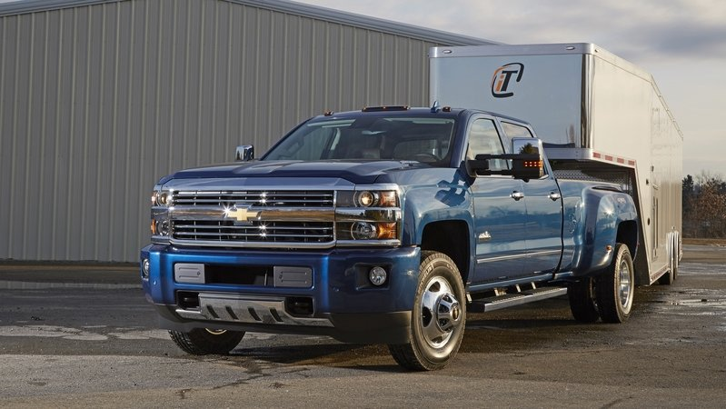 Chevrolet Silverado Offers Trailering Camera System