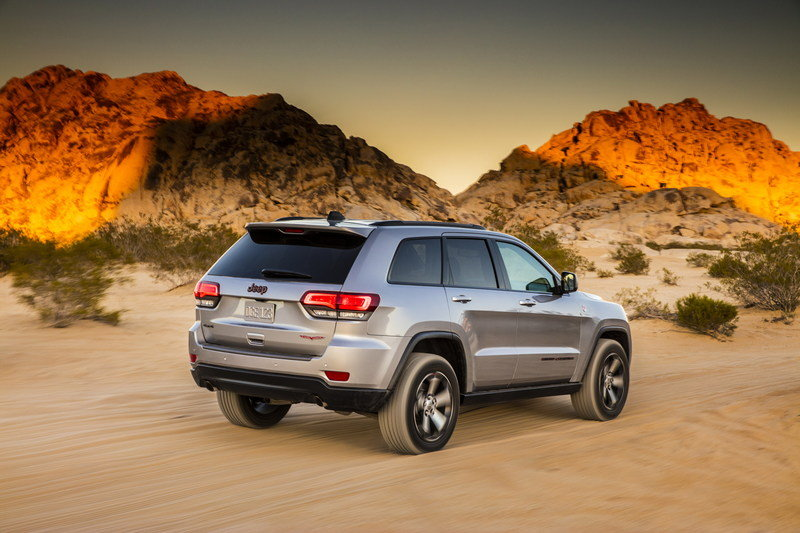 2017 Jeep Grand Cherokee Trailhawk High Resolution Exterior - image 670617