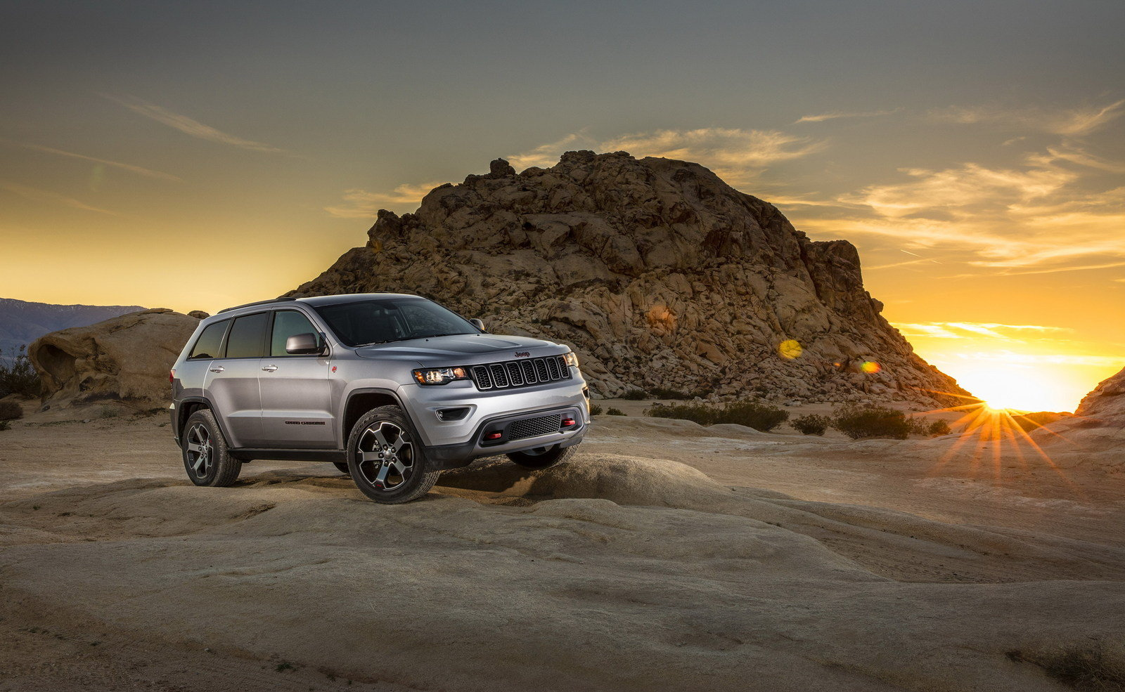 2017 jeep grand cherokee trailhawk picture 670608 car review top speed. Black Bedroom Furniture Sets. Home Design Ideas