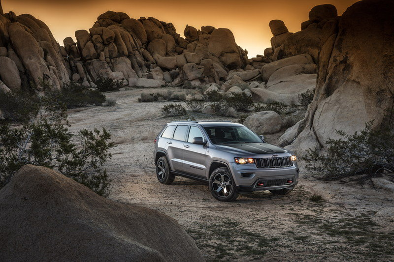 2017 Jeep Grand Cherokee Trailhawk High Resolution Exterior - image 670609