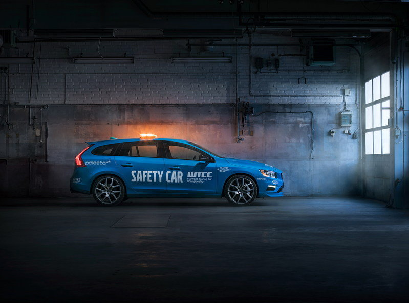 Volvo V60 Polestar Is The New WTCC Safety Car High Resolution Exterior - image 671033