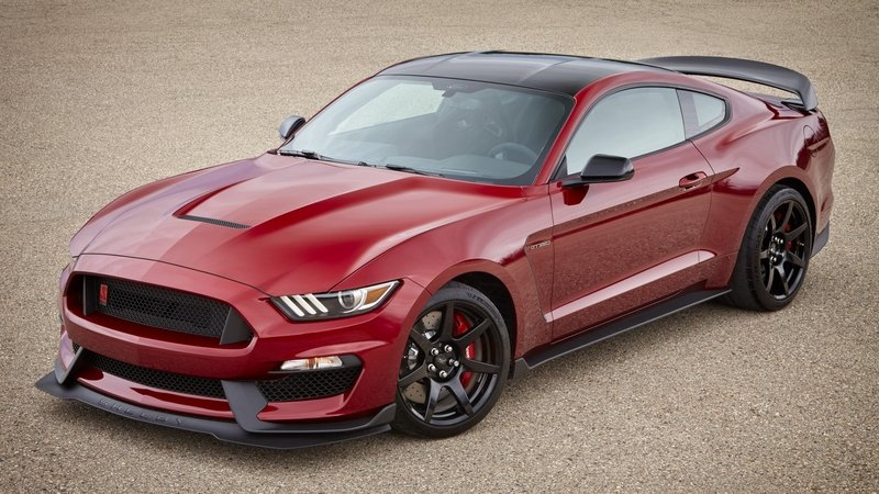 Ford to Recall Mustang GT350 and GT350R Models For Shoddy Oil Cooler Lines