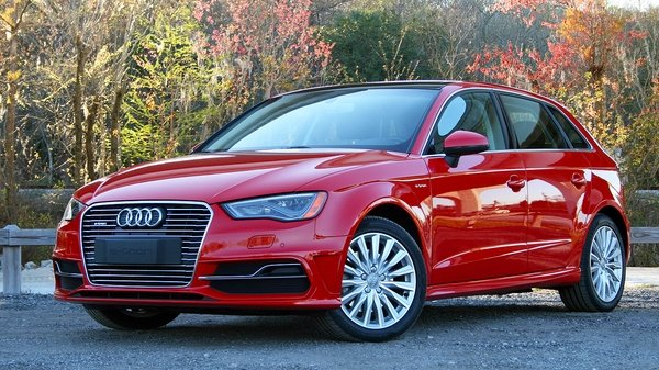 2016 audi a3 e tron driven review top speed. Black Bedroom Furniture Sets. Home Design Ideas