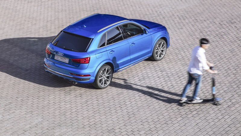 2016 Audi Q3 Connected Mobility Concept