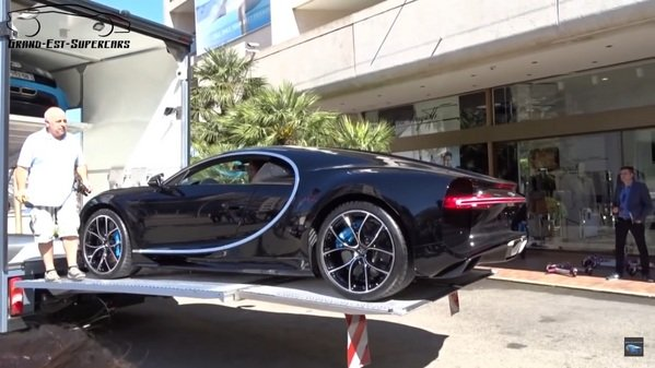 Car Top Cargo Carrier >> Bugatti Chiron Captured Getting Transported Into Monaco ...