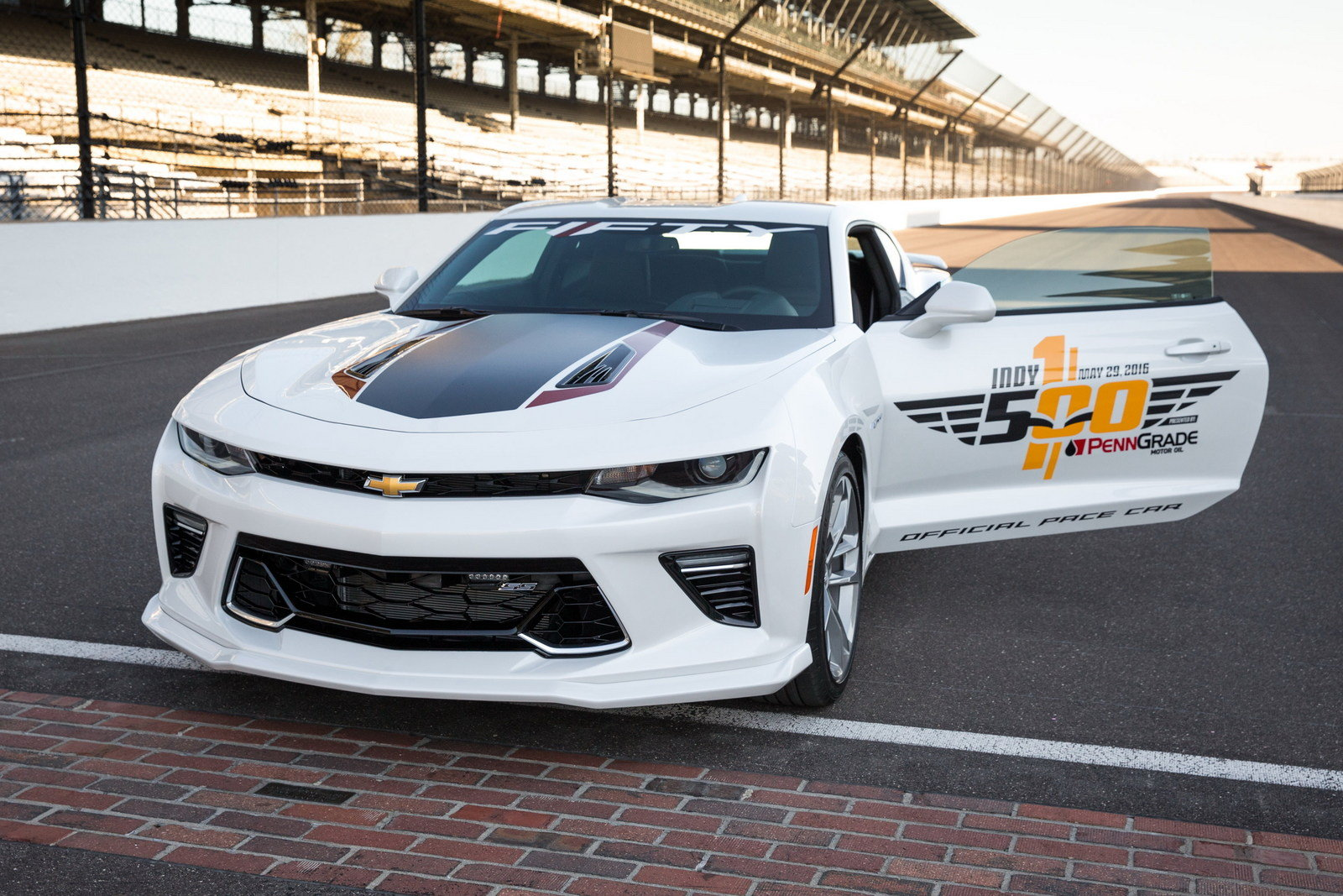2016 chevrolet camaro ss indy 500 pace car picture 673170 car review top speed. Black Bedroom Furniture Sets. Home Design Ideas