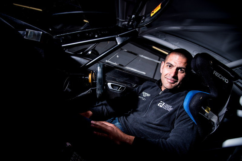 Chris Harris Returns to Racing with Bentley