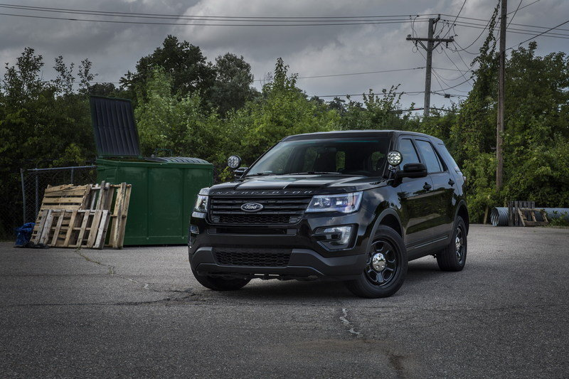 "Ford Launches ""No Profile"" Light Bar for the Police Interceptor Utility"