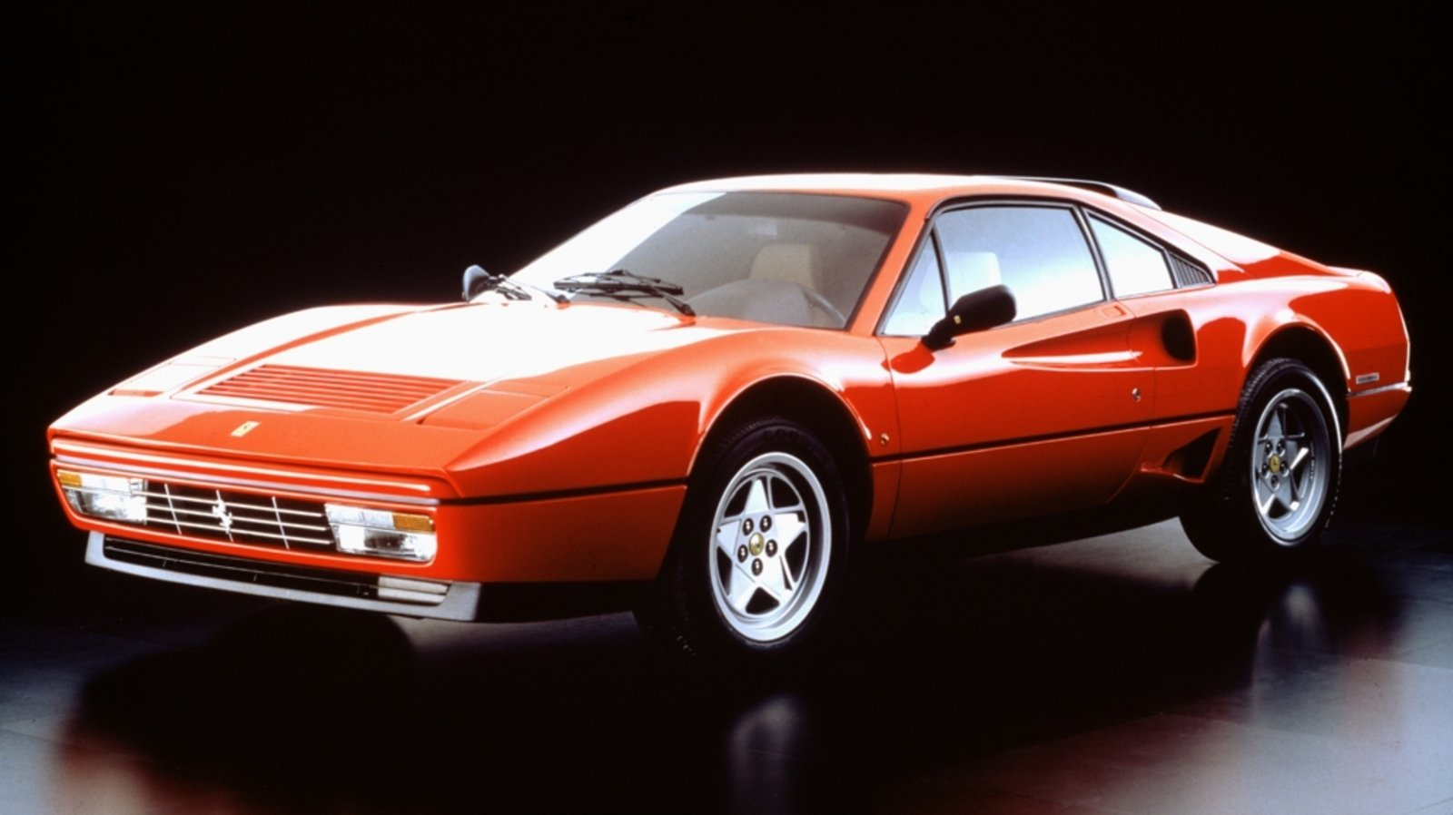 Most Affordable Sports Cars >> 1986 - 1989 Ferrari GTB Turbo Review - Top Speed