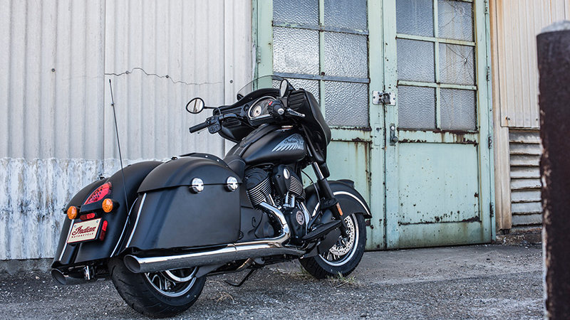 2015 2017 indian chieftain chieftain dark horse review top speed. Black Bedroom Furniture Sets. Home Design Ideas