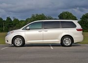 2016 Toyota Sienna – Driven - image 677117