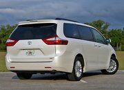 2016 Toyota Sienna – Driven - image 677120