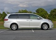 2016 Toyota Sienna – Driven - image 677121