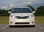 2016 Toyota Sienna – Driven - image 677123