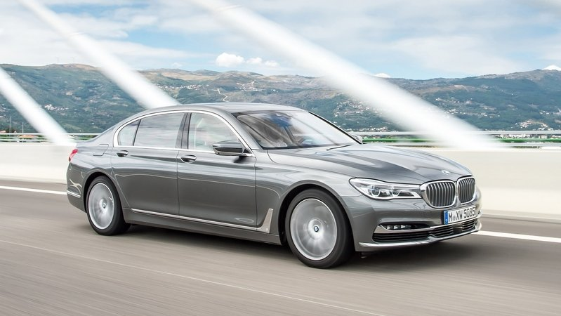 2017 BMW 750d xDrive and BMW 750Ld xDrive
