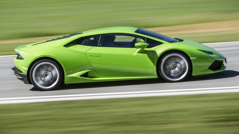 Lamborghini Huracán Becomes The First Supercar In The U.K. To Be Licensed As A Taxi