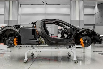 McLaren Working On Next-Generation Carbon Tub; New Hybrid to Arrive by 2020