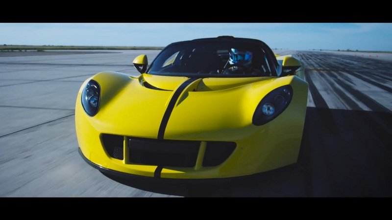 The Story Behind The Record Set By The Venom GT Spyder: Video