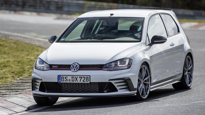 The Volkswagen Golf GTI Clubsport S Is The Monster Of The Green Hell: Video