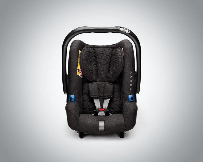 Volvo Introduces New Wave Of Child Seats - image 675650