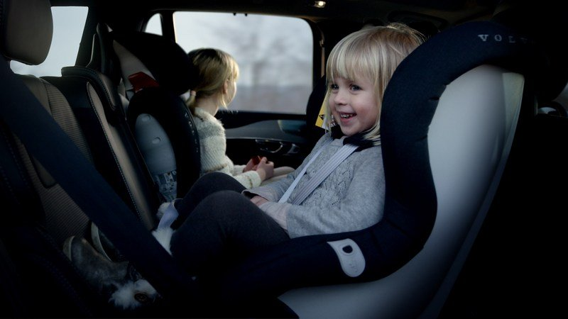 Volvo Introduces New Wave Of Child Seats - image 675652