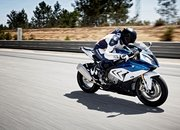 BMW is busy testing the 2018 S1000RR and it seems that the Germans are thorough this time. - image 678721