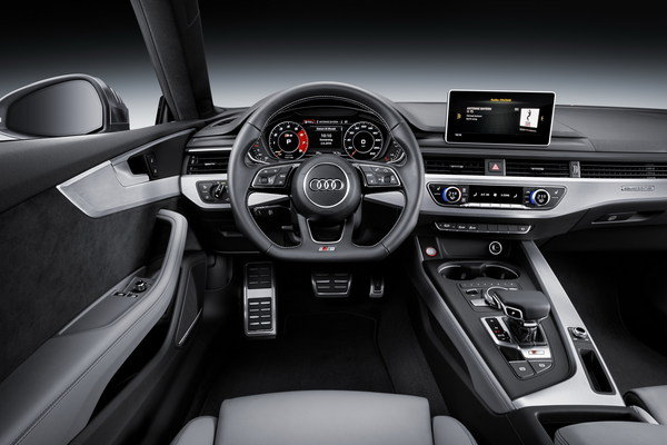 2018 Audi RS5   car review @ Top Speed