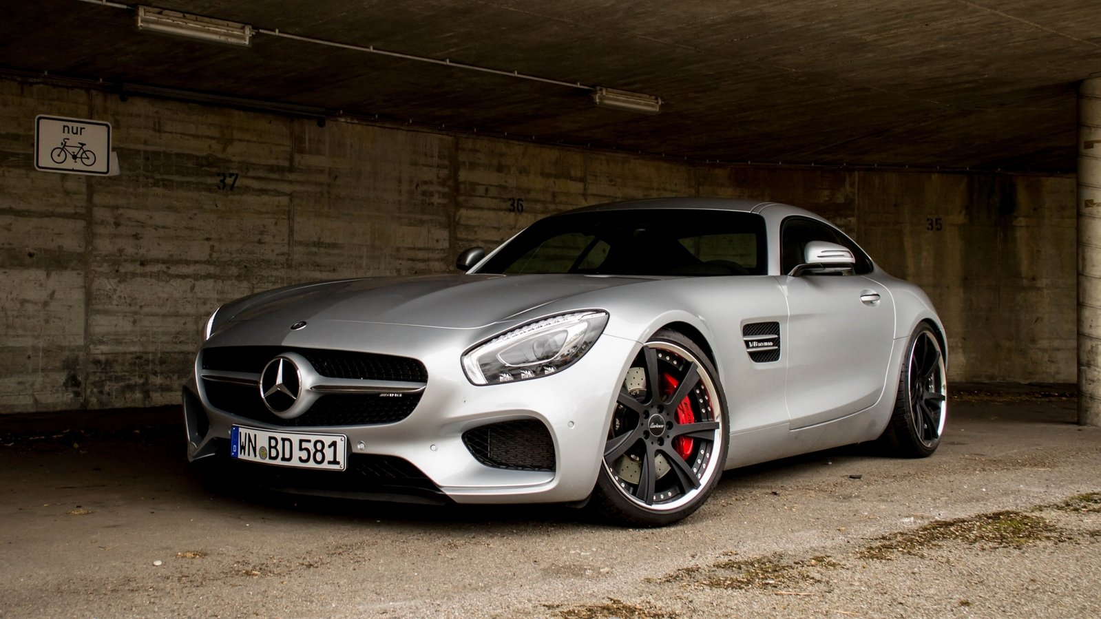 2016 mercedes amg gt s by lorinser top speed. Black Bedroom Furniture Sets. Home Design Ideas
